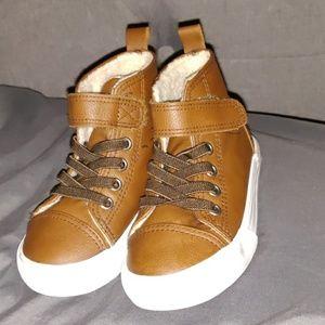 H&M brown hightop sneakers
